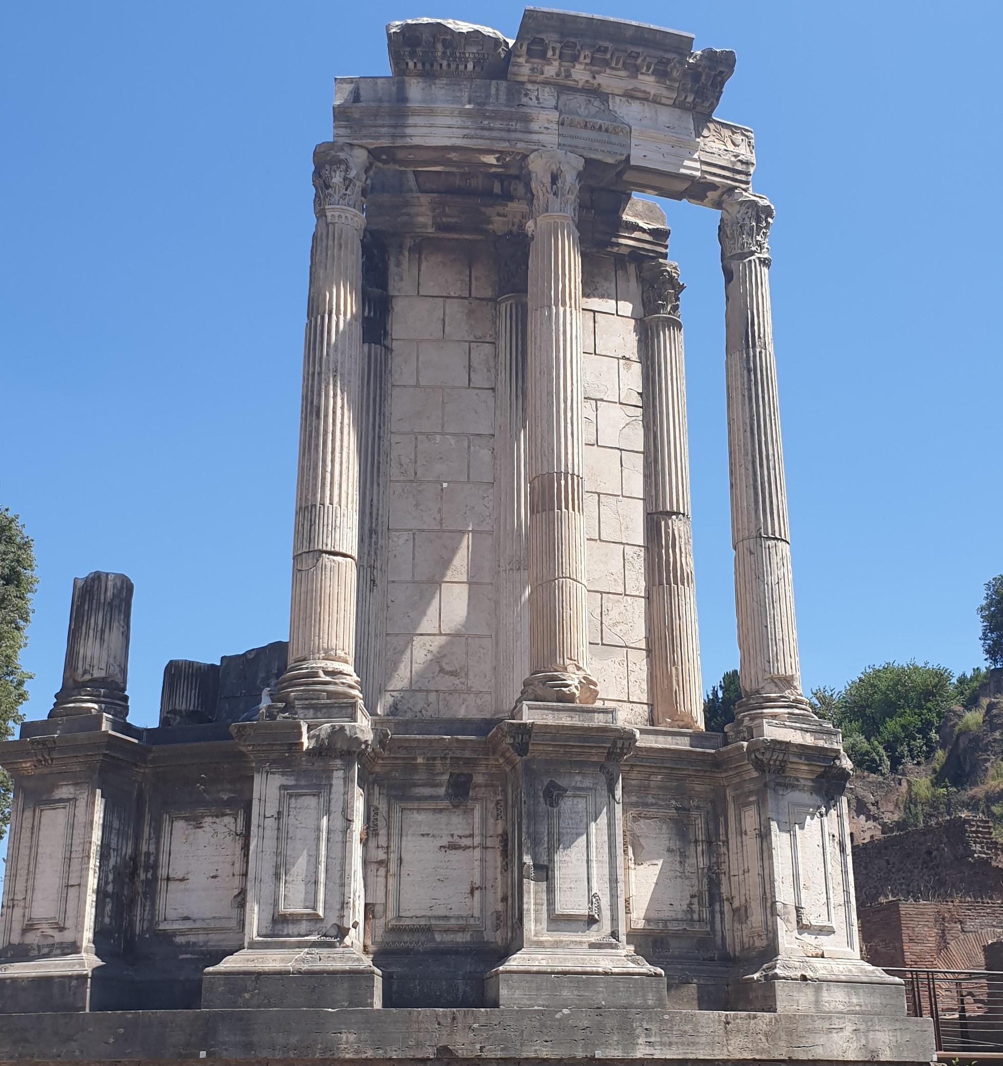 Vesta, Forum (Temple of Vesta)